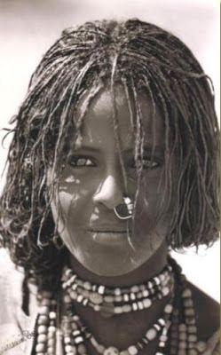 Moça da tribo BEJA