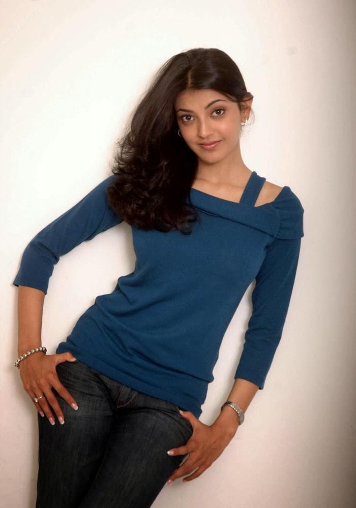 Kajal+Agarwal+in+blue+top+and+jeans008