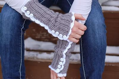 free crochet pattern vintage armwarmers
