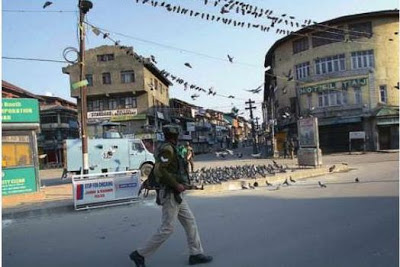Srinagar as curfew remained in effect