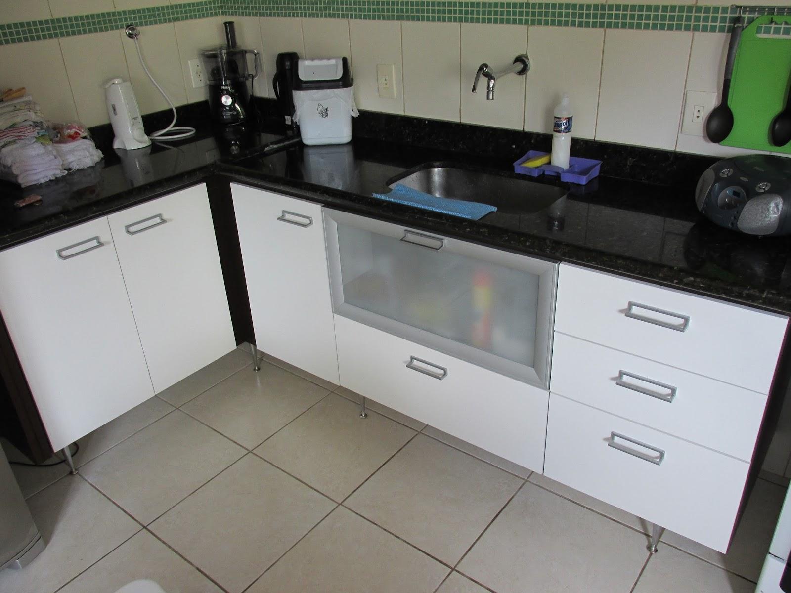JLIMA MARCENARIA Armário de cozinha, porta de alumínio com vidro, gavetas e # Armario De Cozinha Planejado Porta De Vidro