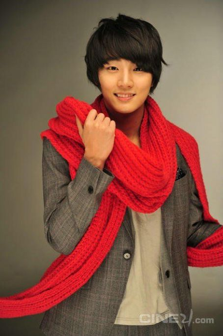 21 best images about Yoon Shi Yoon on Pinterest | The roof