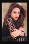 Aksha Latest Glamorous Photo Session Gallery-thumbnail-5