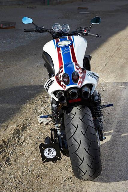 Racing Caf U00e8  Triumph Rocket Iii  U0026quot The Devils Arrow U0026quot  By Rock