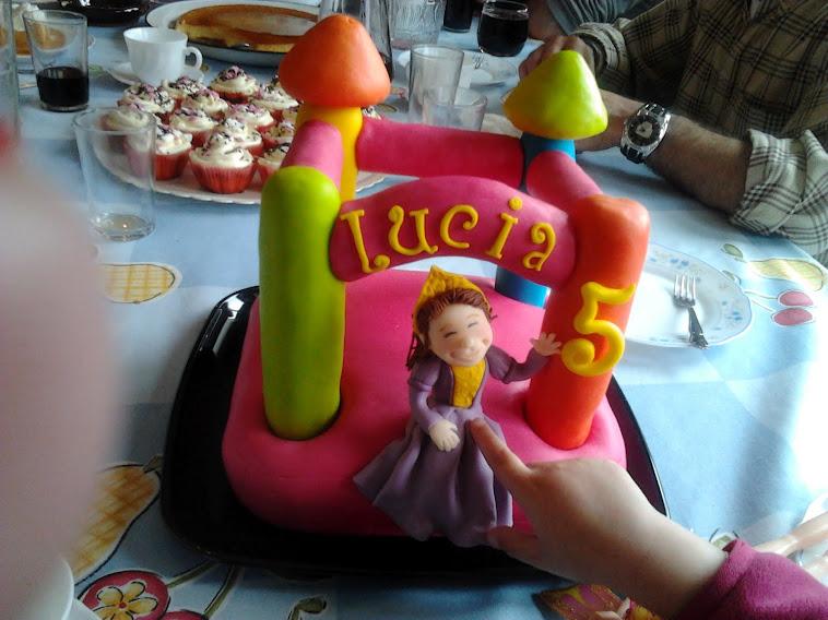 Tarta para Lucía, una pequeña princesa