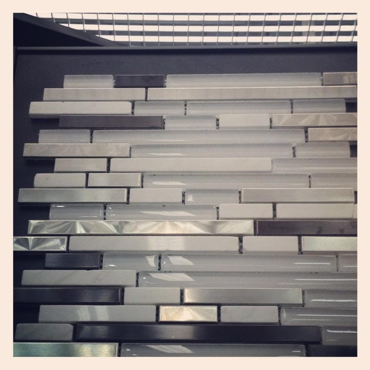 kitchen backsplash sparkly white glass marble gunmetal stainless