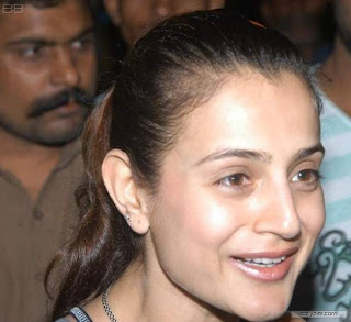Amisha Patel Without Make Up
