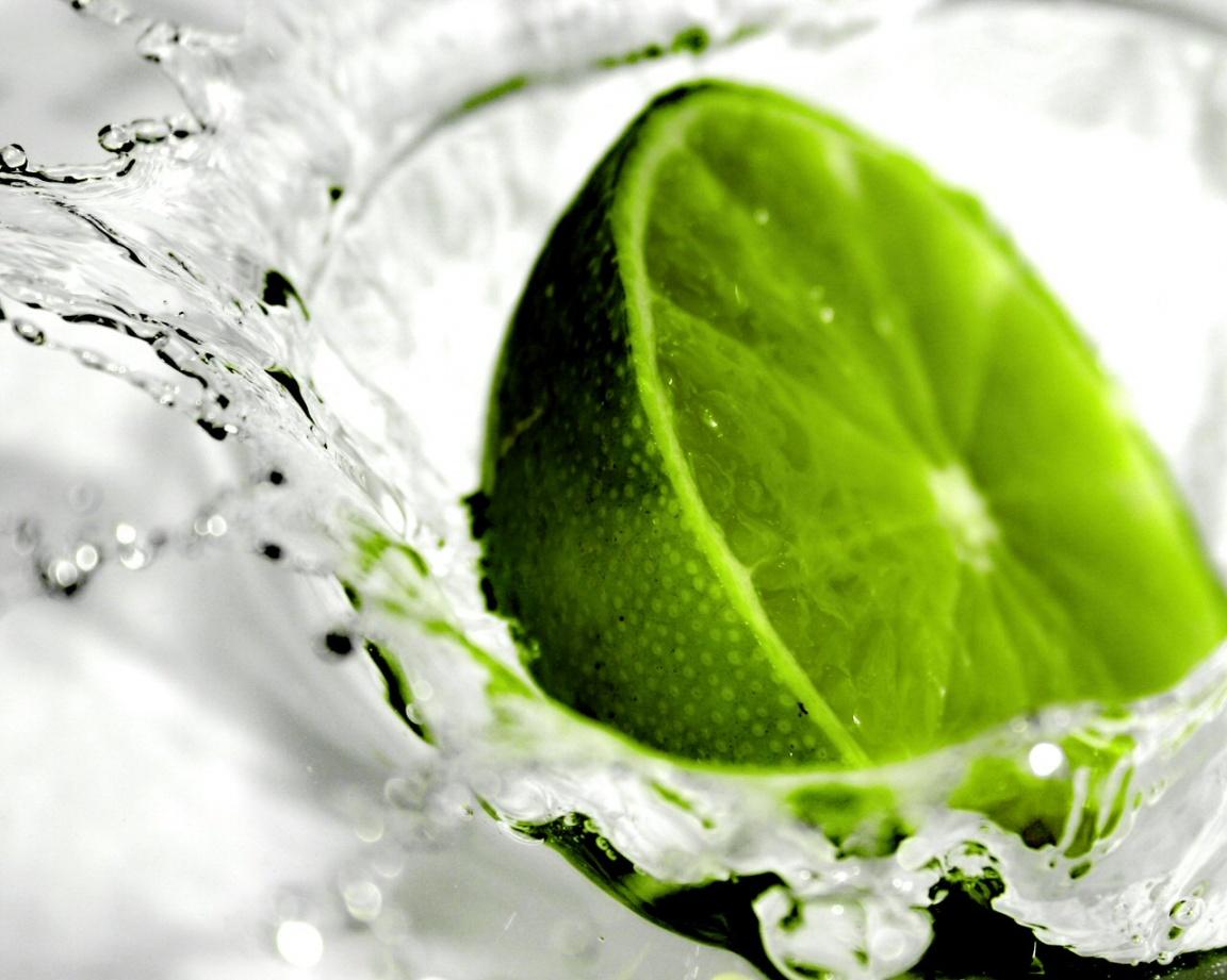 http://2.bp.blogspot.com/-ZF-M3CXMTTo/TvLh2e4ny4I/AAAAAAAABx8/wJdCqX8fZkA/s1600/green-lemon-in-water.jpg
