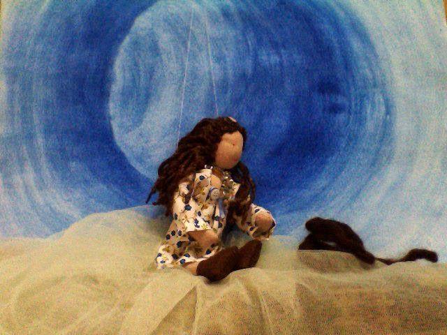 Boneca de pano e lã