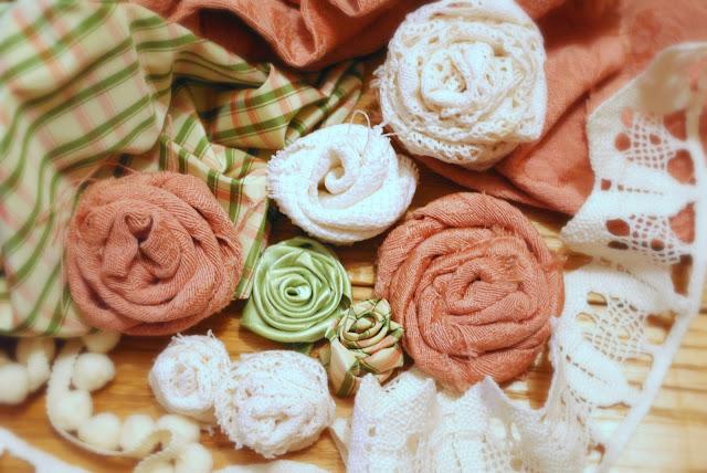 Pensieri romantici : rose di stoffa