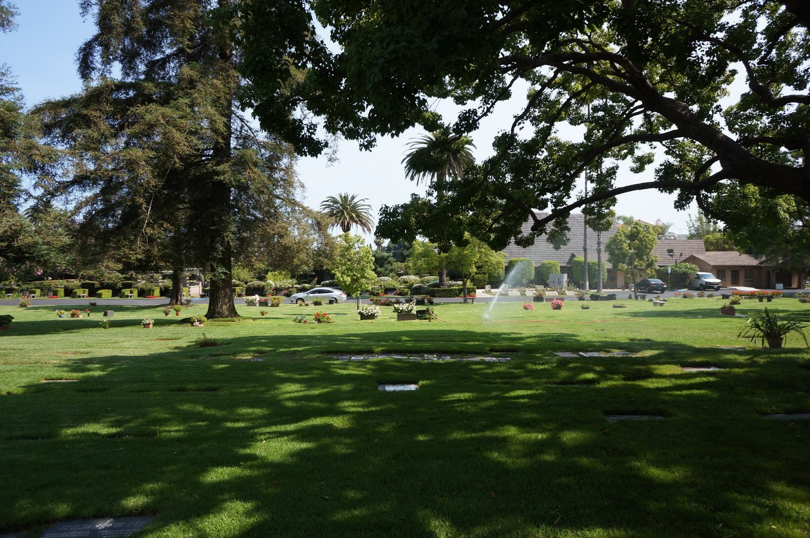 Dustinations westwood village memorial park los angeles for Westwood park