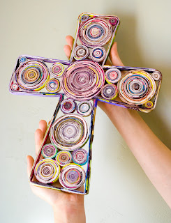 Recycled crafts:  recycled magazine crosses