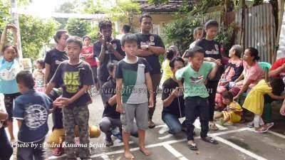 http://ejawantahnews.blogspot.com/2014/08/berbagai-macam-kegiatan-lomba-hut-ri-ke-69.html