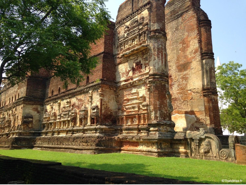 Polonnaruwa Triangle culturel Plonnaruwa temple bouddha géant 18m Sri-Lanka