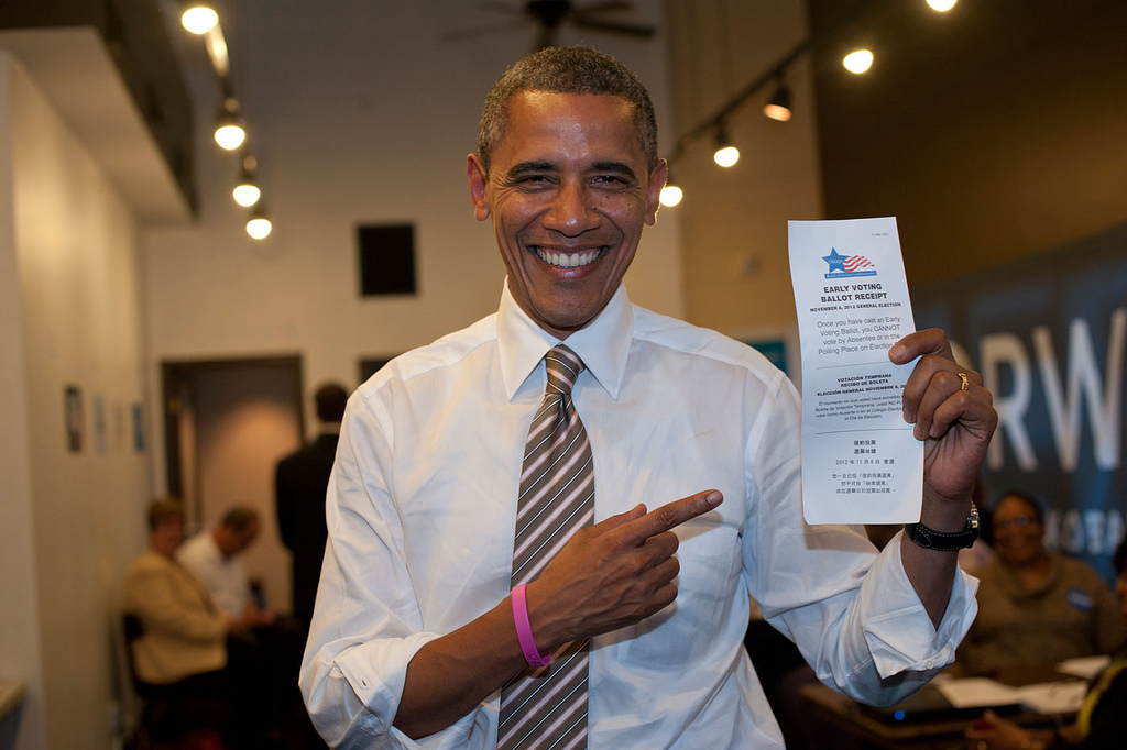 Pres. Obama votes early