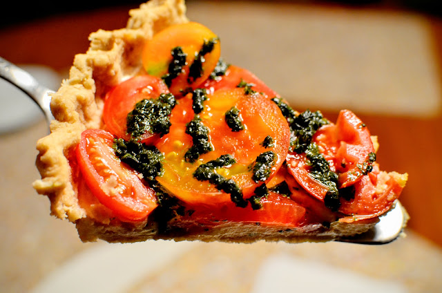 Fresh Heirloom Tomato Tart | Cheesy Pennies