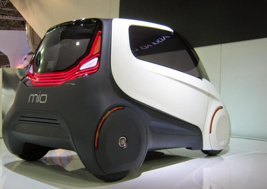 Fiat Mio: carro conceito criado de forma colaborativa foi apresentado no Salão do Automóvel de São Paulo em 2010. Utilizava materiais reciclados na carroceria e motores elétricos em cada roda, mediante baterias recarregáveis.
