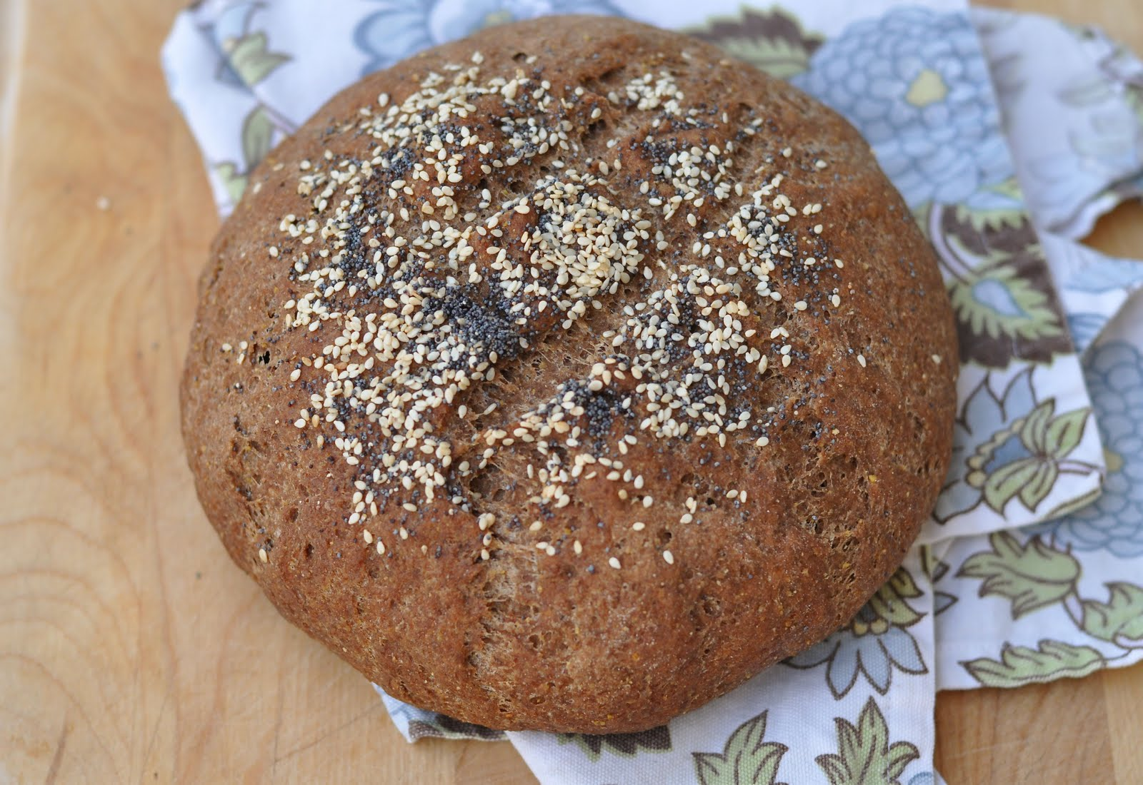 First, be healthy: 3 Gorgeous Gluten Free Bread Recipes
