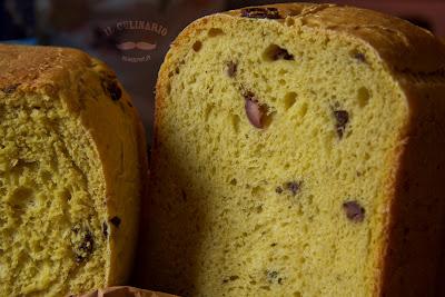 ricette con la macchina del pane: pane con zafferano e olive