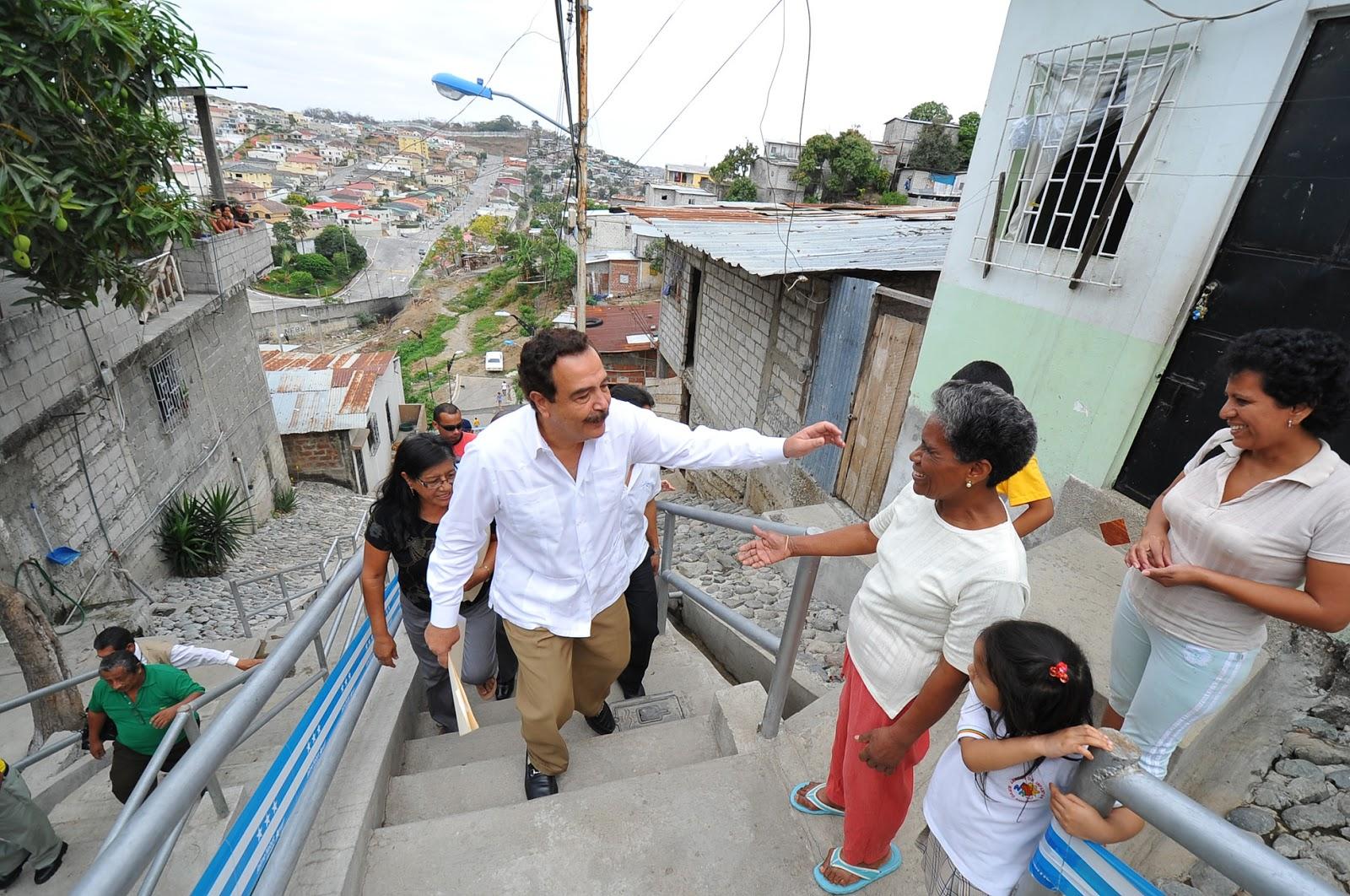 Blog alcalde jaime nebot recorri el for Casas municipio guayaquil