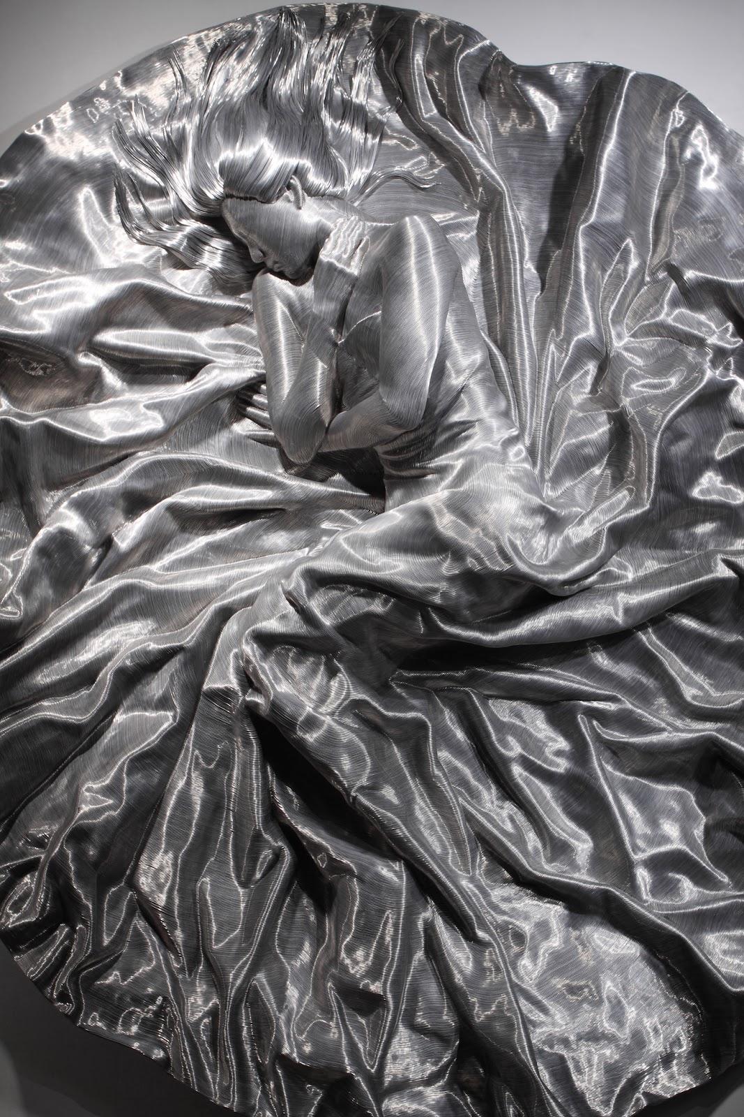 04-Park-Seung-Mo-South-Korean-Artist-&-Sculptor-Wire-Sculpture-www-designstack-co