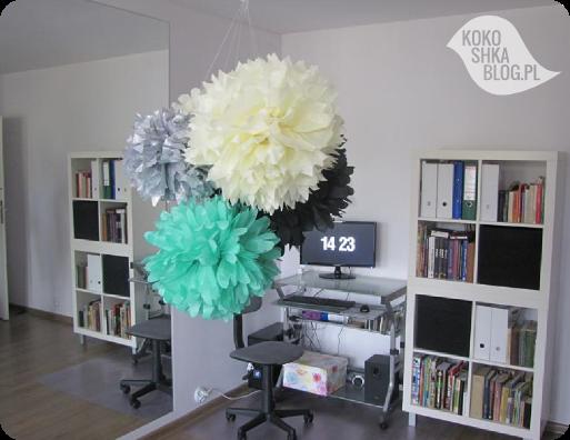 DIY: kwiaty-pompony z bibuły