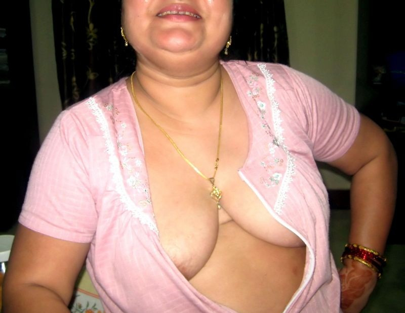 Gayatri Indian Desi Aunties Local Club