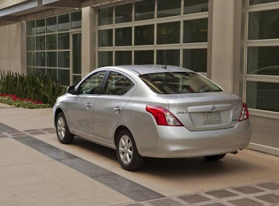 2013 Nissan Versa Review, Price, Interior, Exterior, Engine3