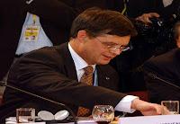 Balkenende recordhouder gevallen kabinetten.