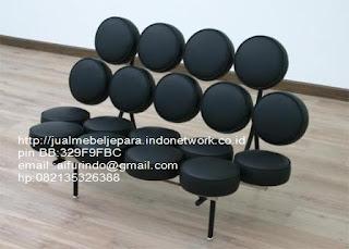 sofa klasik jepara Mebel klasik jepara sofa tamu klasik ukir sofa tamu klasik jati sofa tamu klasik modern sofa tamu klasik duco jepara mebel jati klasik jepara SFTM-33013 sofa klasik modern jakarta