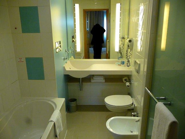 Novotel Fiera Bologna - Italy - Bathroom