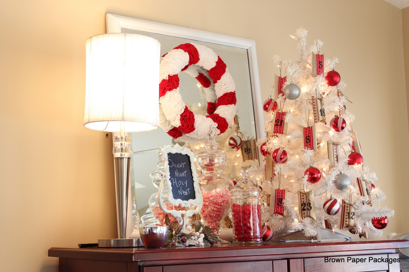Brown Paper Packages Kitchen Christmas Vignettes