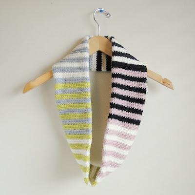 free crochet striped cowl pattern