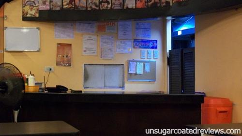 counter Zark's Burgers Taft Avenue, Manila