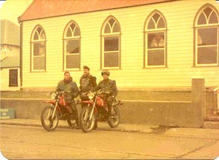 Motos en Malvinas Kawa+KE+175+cc+roja22