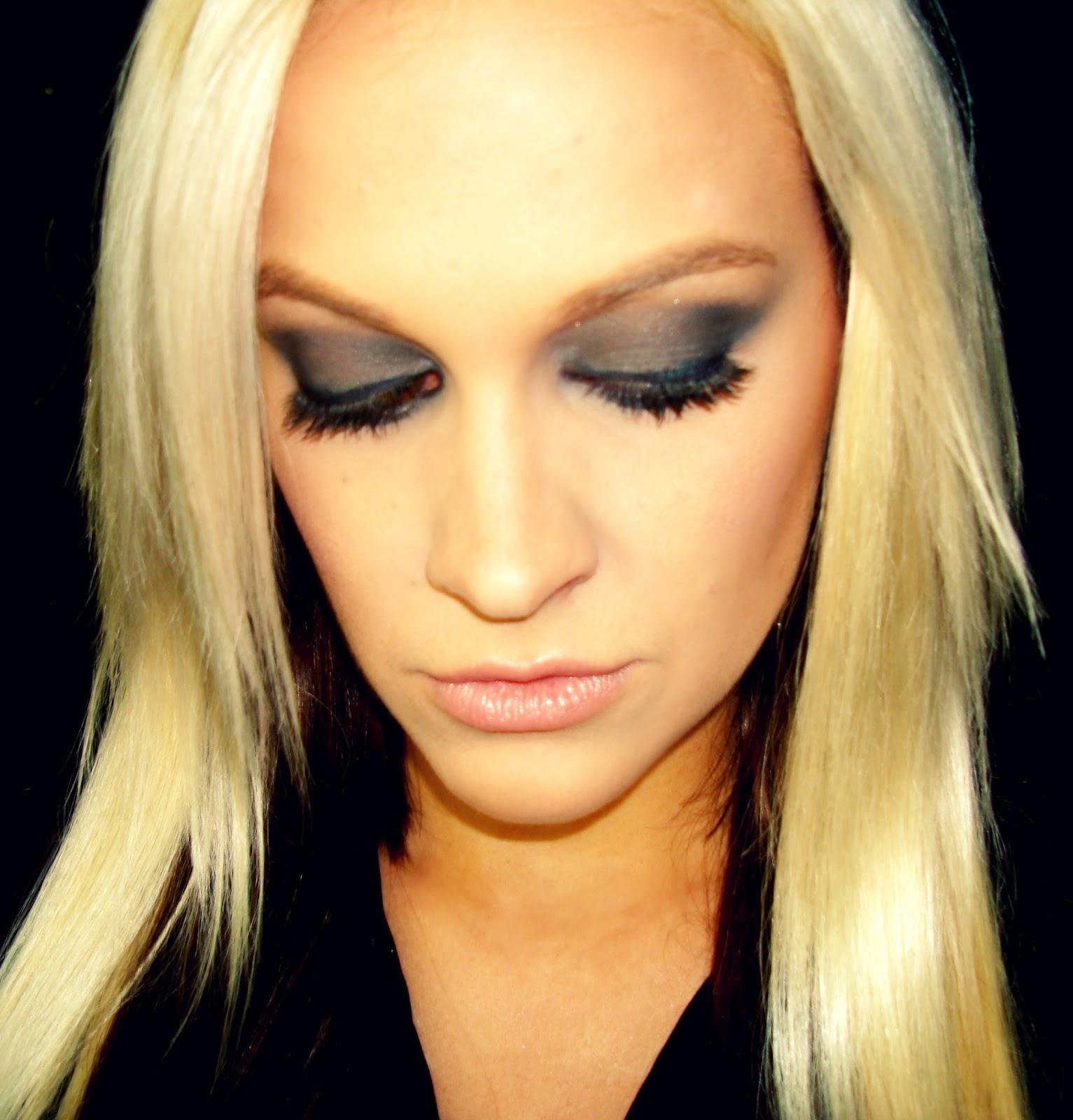 Bridal makeup Eye lash extensions | 98, Penteado casamento, Cabelo e maquilhagem