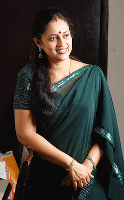 Lakshmi Ramakrishnan South Old Mallu Aunty Latest PicsPhotos gallery pictures