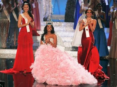 Мис Венецуела, 21-годишната Ивиан Саркос, бе избрана за Мис Свят 2011