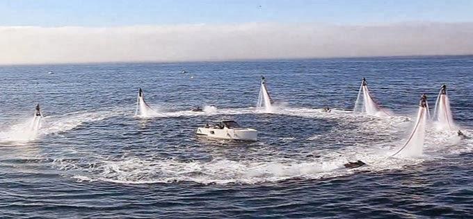 Flyboard Olahraga Ekstrim di Air Gupitan