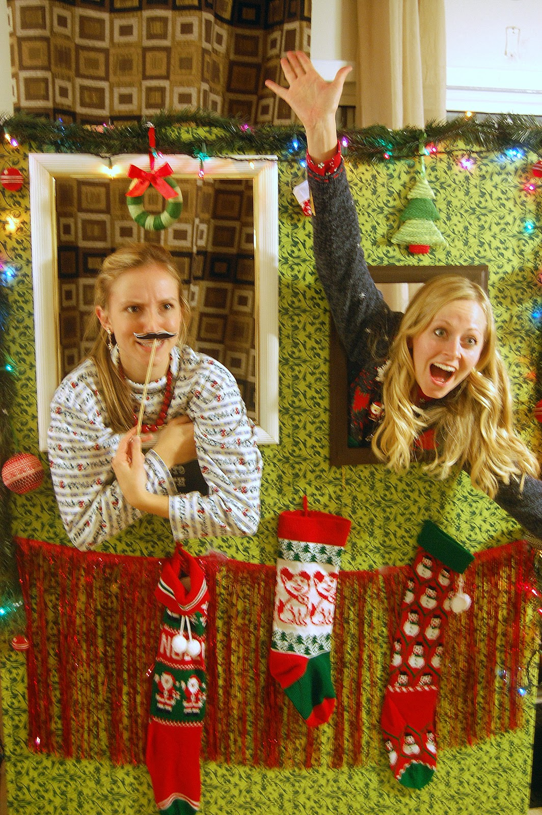 Christmas Party Photo Booth Ideas Part - 34: {Ugly Sweater Party Ideas} How To Build A Photo Booth