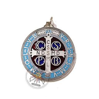 Medalla San Benito contra envidia y mal de ojo