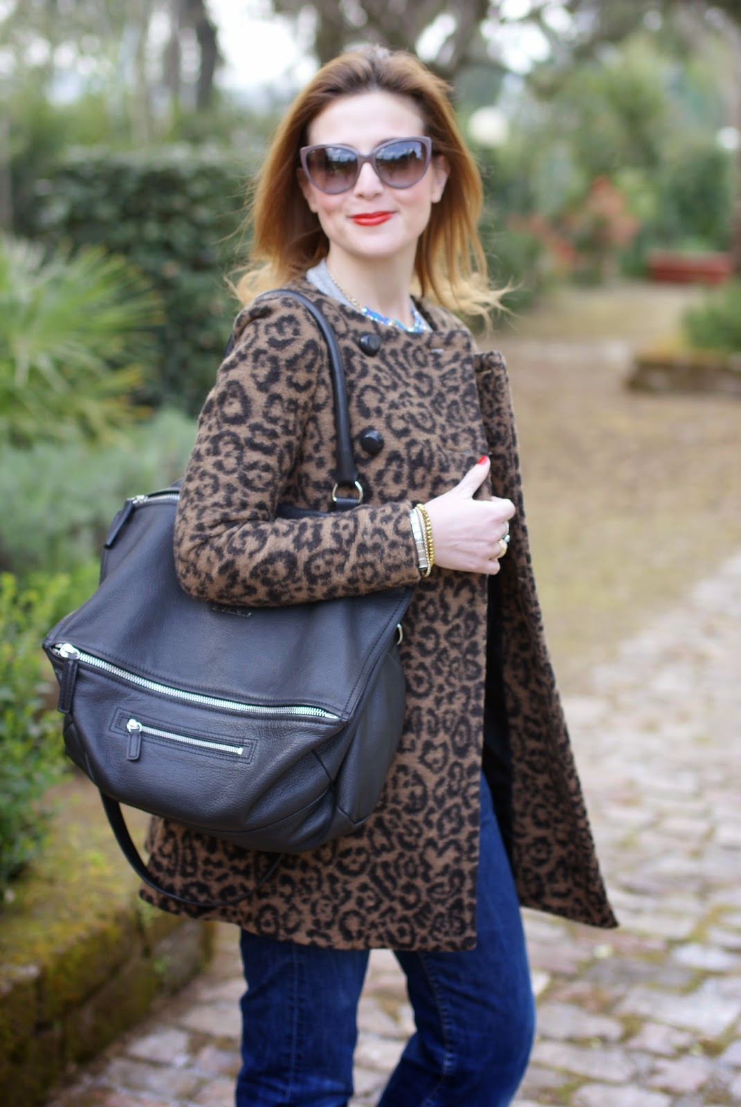 comfortable outfit, leopard coat, Givenchy Pandora, Fashion and Cookies, fashion blogger