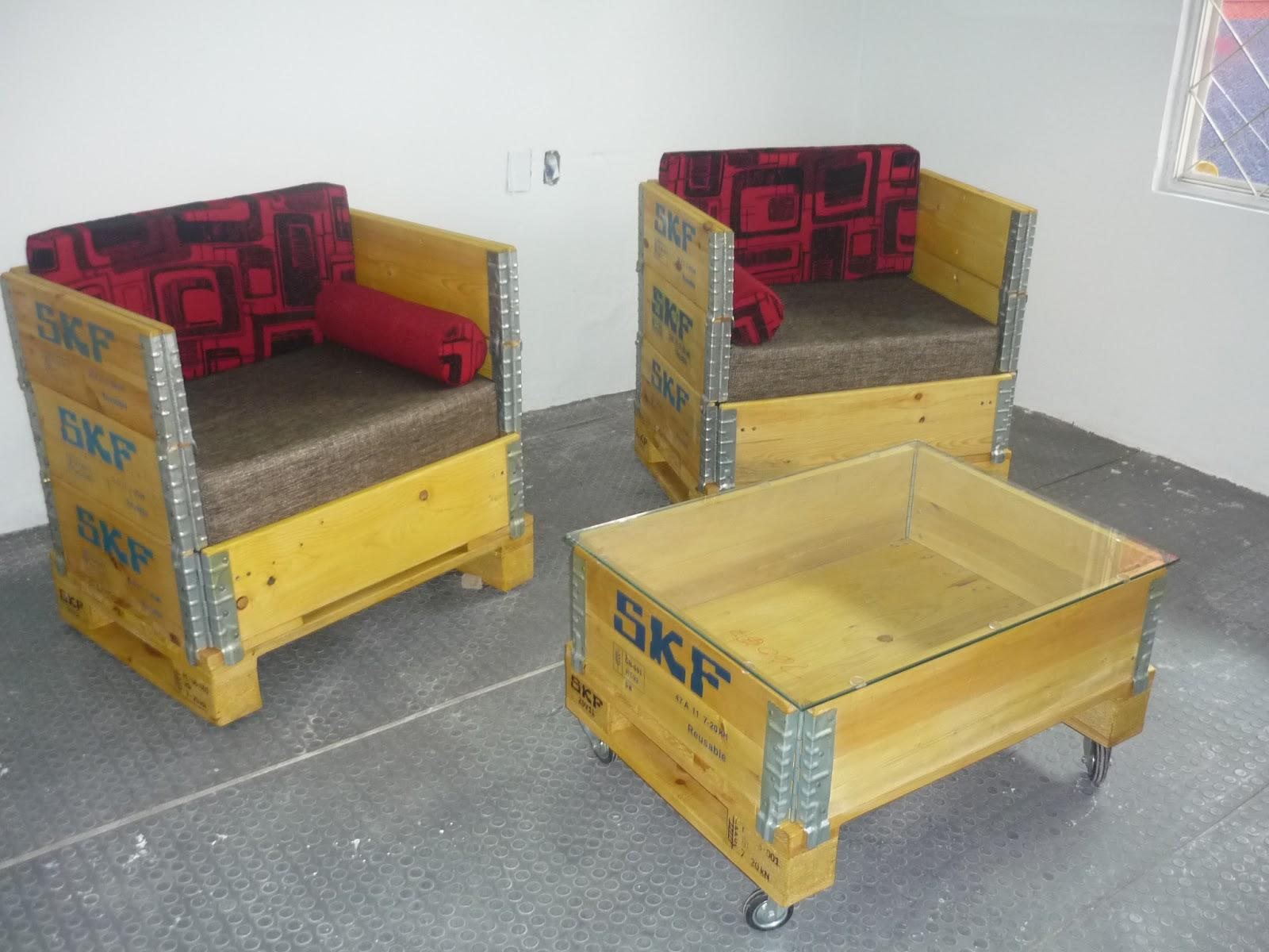 Muebles reciclados con tendencia industrial rene - Muebles reciclados de madera ...