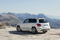 New 2012 Mercedes Benz GLK X204 Life Cycle Improvement Official High Resolution Photo