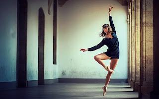 Free ballet Sexy girl desktop wallpaper