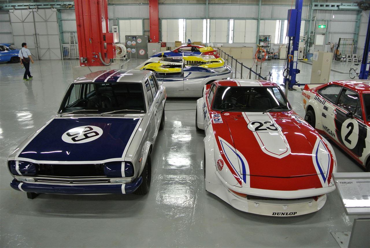 Nissan Skyline GT-R & Fairlady Z, japoński sportowy samochód, fotki, jdm, stary, nostalgic, klasyczny, youngtimer, zabytkowy, oldschool, classic, old, kultowy