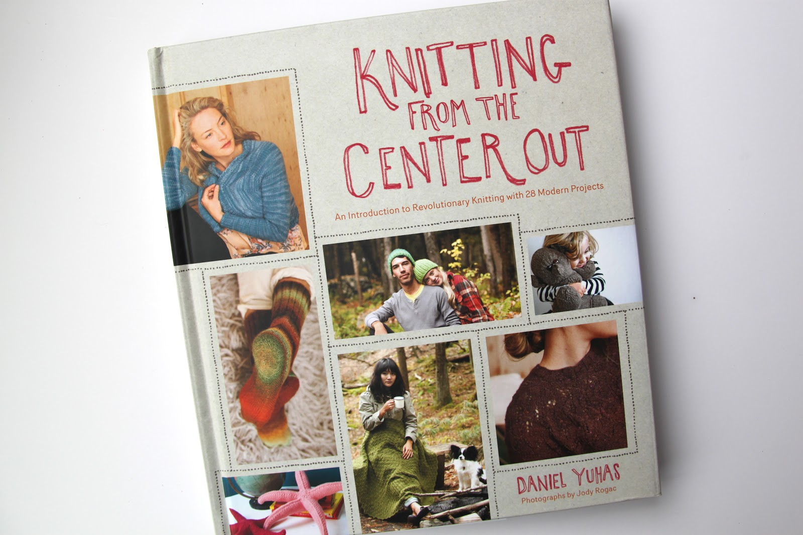Revolutionary Knitting Circle : Knitting from the center out book review smashed peas
