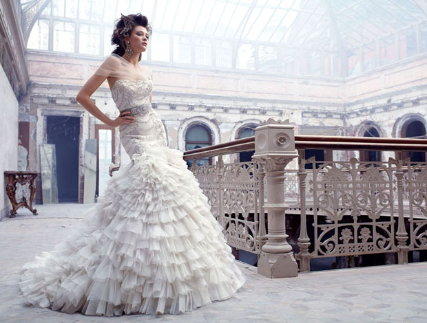 LAZARO COUTURE BRIDAL DRESSES FALL 2011 COLLECTION