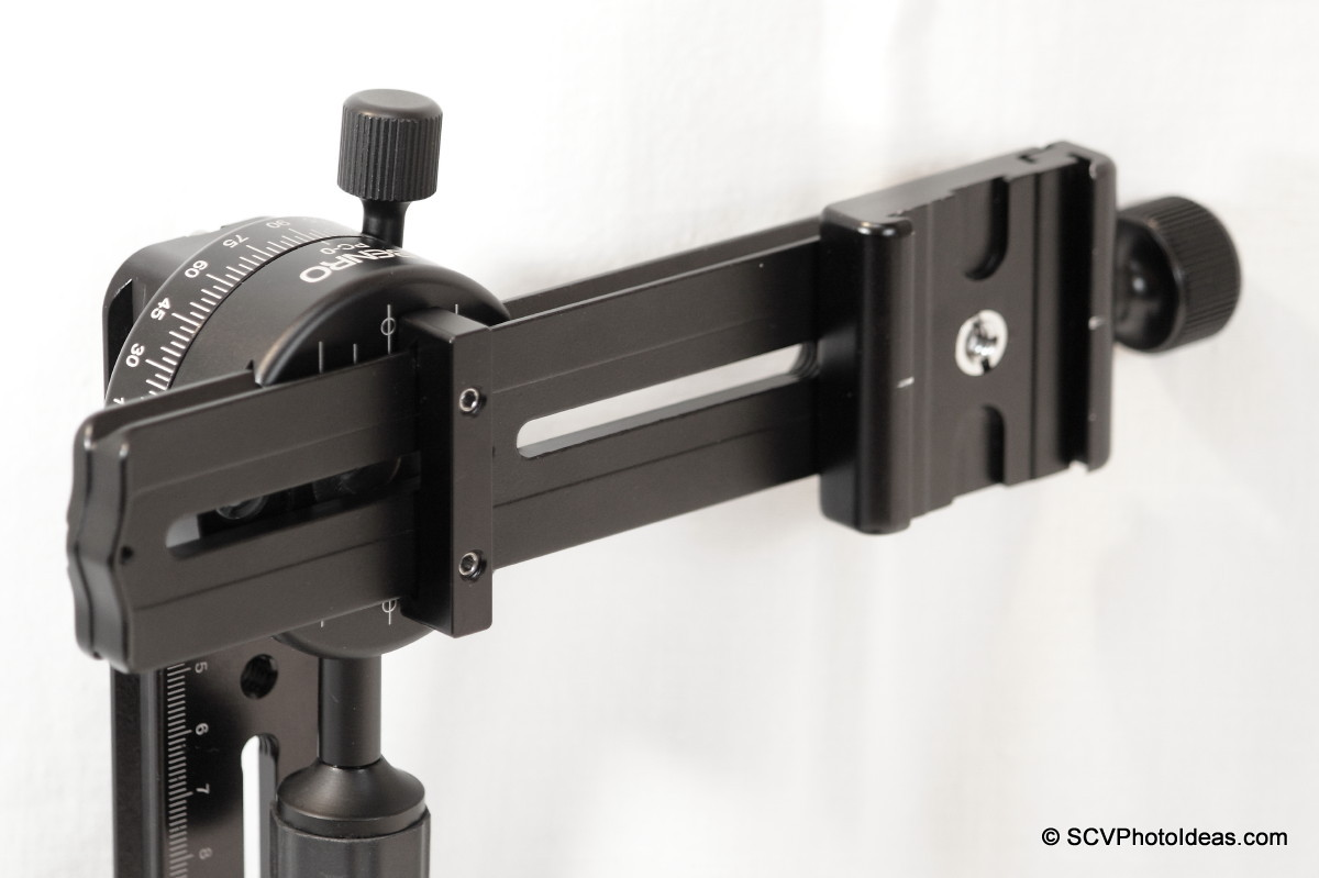 Nodal rail mounting and positioning detail