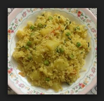 Aalu Matar Pulaav Namkeen Chawal